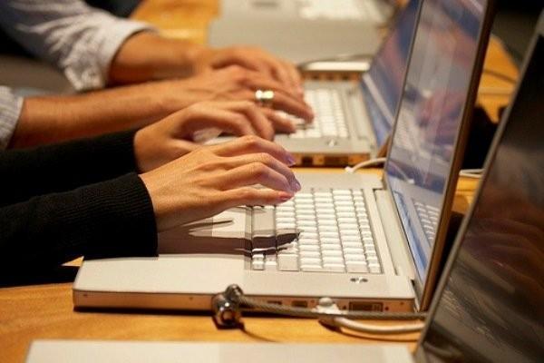 لزوم اخذ عوارض از خدمات دیجیتالی در کشور