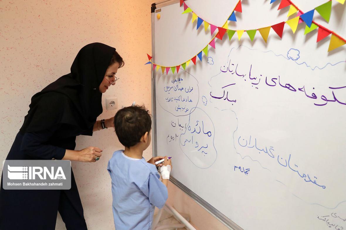 خبرنگاران 87.75 درصد فرهنگیان را گروه معلمان تشکیل می دهد