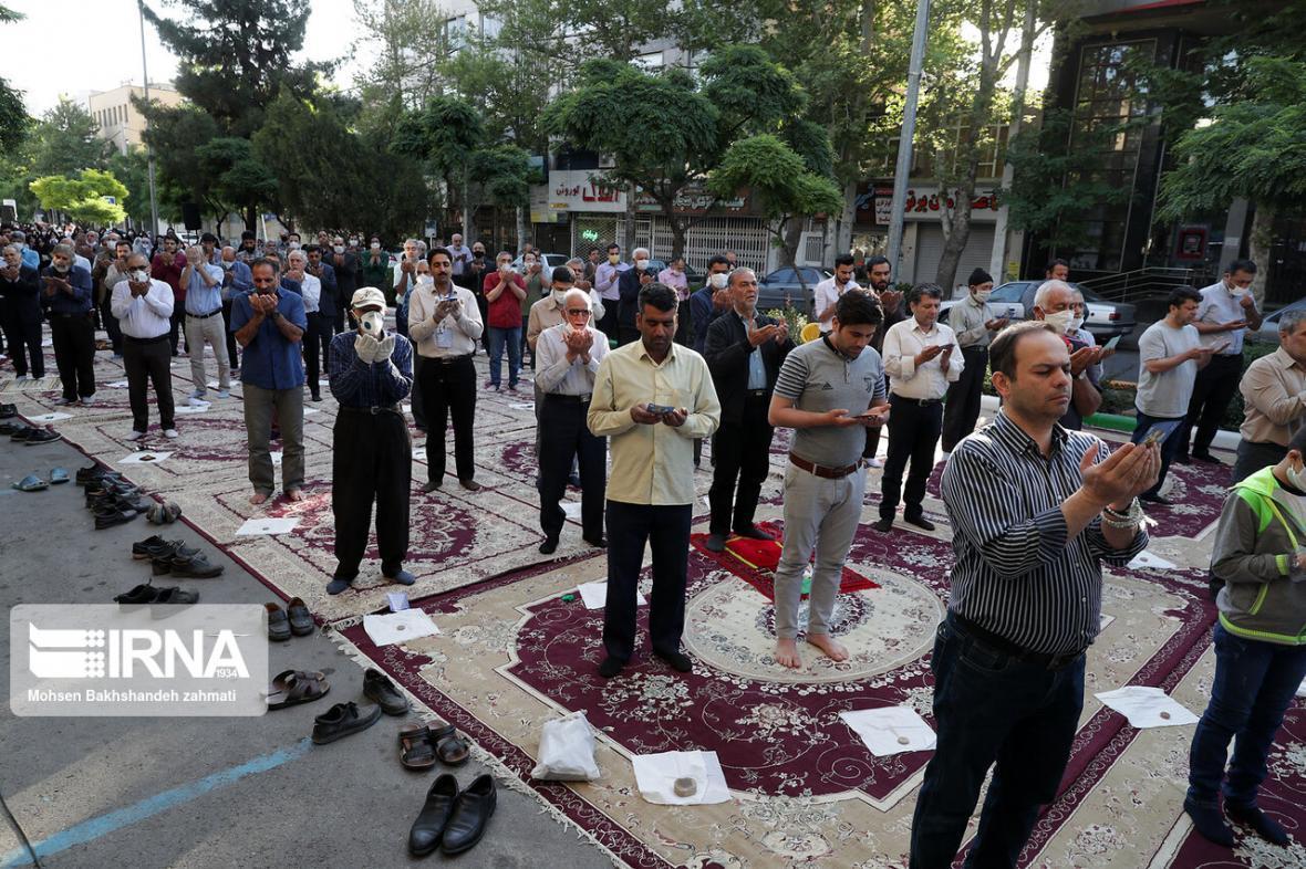 خبرنگاران نماز عید فطر در خراسان رضوی اقامه شد