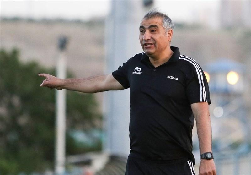 الهامی: تیم های منتسب به وزارتخانه هر زمان دلشان بخواهند بازی می نمایند، شنبه برای مسابقه با استقلال به زمین می رویم