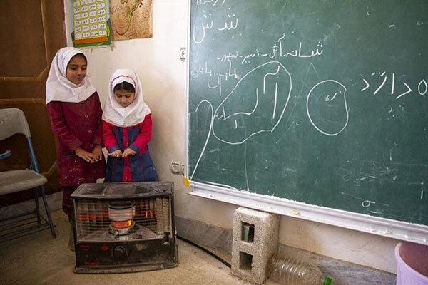 خداحافظی با بخاری های نفتی در مدارس اردبیل